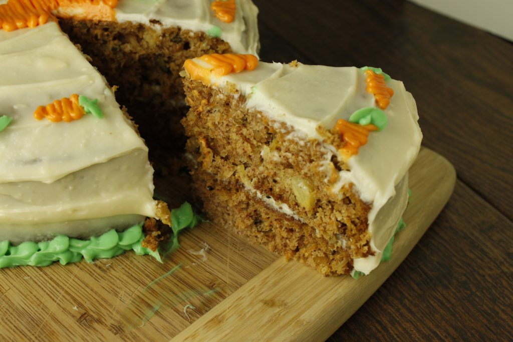 Classic Carrot Cake with Slice